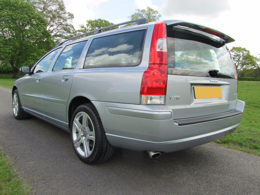 volvo v70 d5 sport se estate rs motor trading company. Black Bedroom Furniture Sets. Home Design Ideas